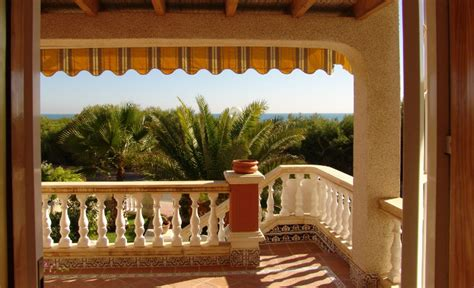 buying a holiday house is a holiday house the right choice for you tour wizard
