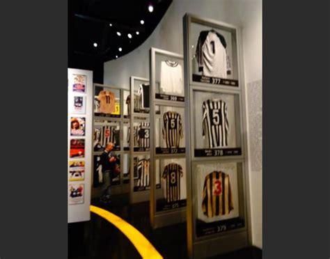 Kaos Juventus Buffon j museum saksi abadi kehebatan juventus dari masa ke masa