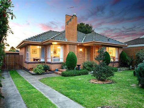photo of a brick house exterior from real australian home
