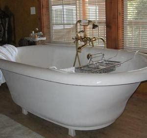 how to remove rust stain from bathtub 1000 images about rust removal tips on pinterest stains how to remove and old tools