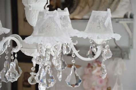 lustre romantique le grenier d shabby chic et romantique decor