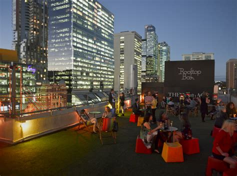 Roof Top Bar Melbourne by 5 Things To Do In Melbourne At