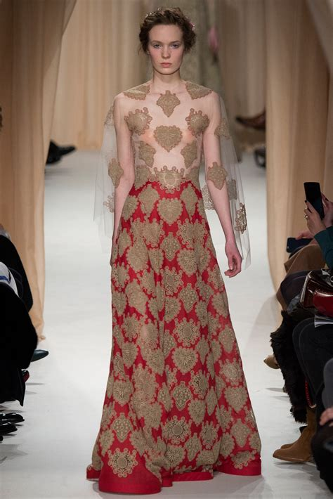 Marien Longdress re visiting the of valentino s 2015 couture