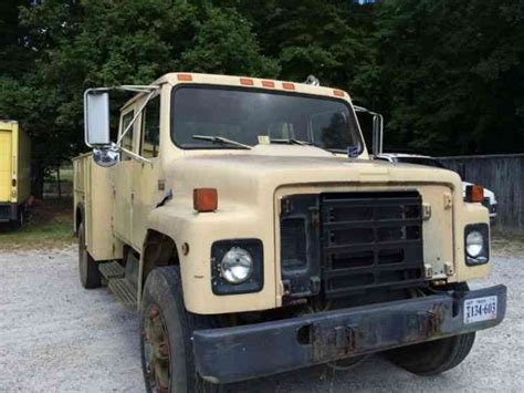 International 4 Door Truck by International Dt 466 1998 Utility Service Trucks