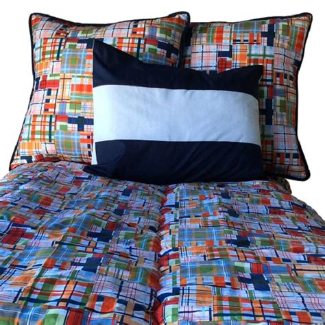 Bedding For Bunk Beds Hugger Journey Plaid Bunk Bed Hugger Comforter