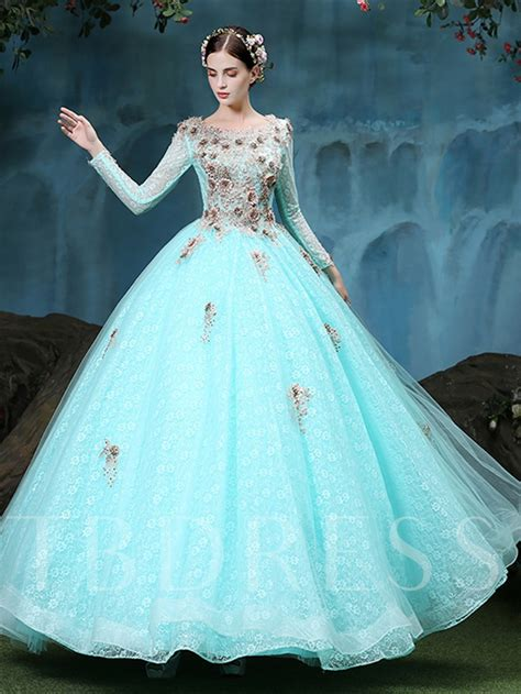 long sleeves scoop ball gown appliques lace floor length