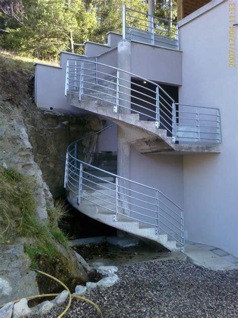 Escalier Suspendu Beton by Escalier Suspendu Beton