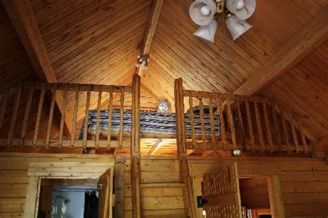 Log Homes Plans by Upstairs Loft Picture Of Katie S Cozy Cabins Tombstone