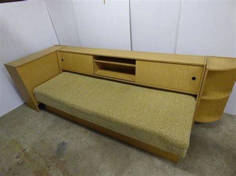 liege bett bett liege sofa mit 220 berbau regal bettkasten in schwepnitz