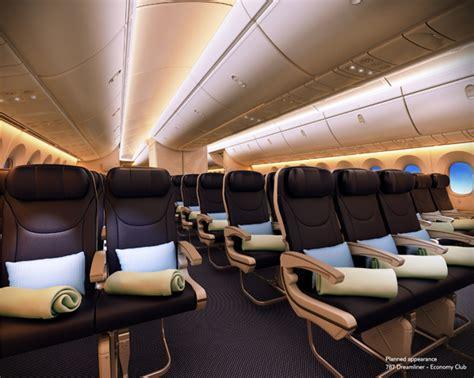 Thomson 787 Dreamliner Interior by Thomson Airways Brings Dreamliner To Uk News Breaking Travel News