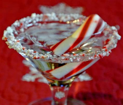 peppermint martini recipe candy cane martini vodka peppermint schnapps whipped
