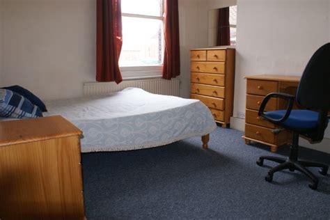 2 bedroom student accommodation bristol 98 brynland ave bristol student houses accommodation