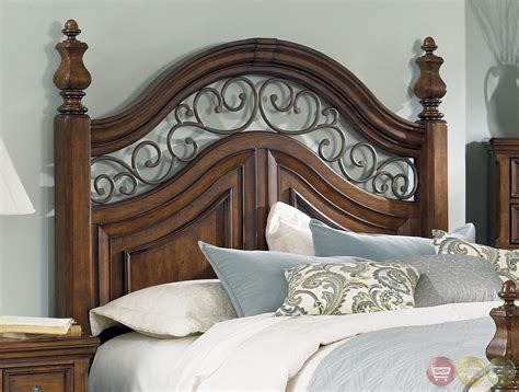 chestnut bedroom furniture laurelwood traditional chestnut poster bedroom set
