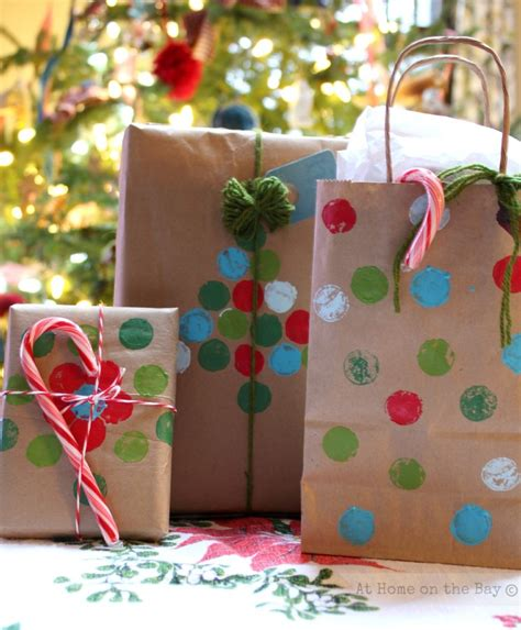 xmas decorated brown paper bags recycled paper bag gift wrap ideas