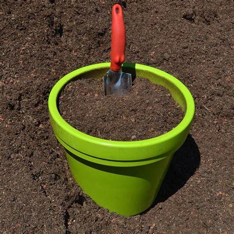 Planter Soil by Organic Nursery Planter Mix Potting Soil Grab N Grow
