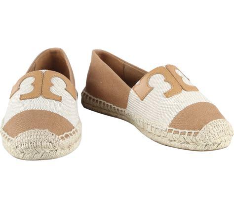 Rainna Flats Brown Sepatu Wanita Flat Shoes burch brown slip on flats