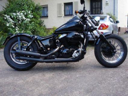 Honda Motorrad Xrv 750 Tuning Shop by Umgebautes Motorrad Honda Vt 750 Shadow Vom Typ Chopper