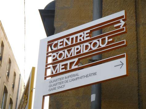 design art signs file street furniture ruedi baur metz jpg wikipedia
