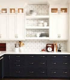 Contrasting Kitchen Cabinets La Dolce Vita Beautiful Kitchens Contrasting Cabinets