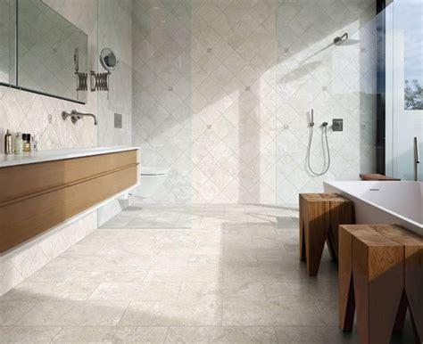 fliesen badezimmer modern hell badgestaltung mit fliesen badfliesen designs im 220 berblick
