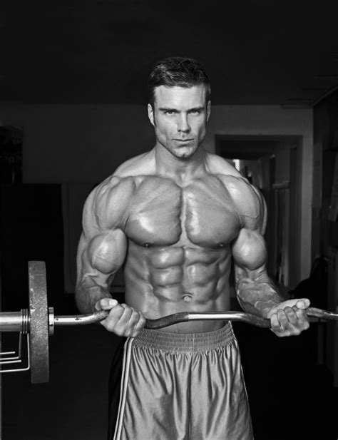 Por que elas preferem homens musculosos? - Blog Marombada