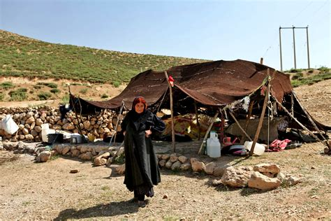 Living With iran nomads tour living with the qashqai tribes surfiran