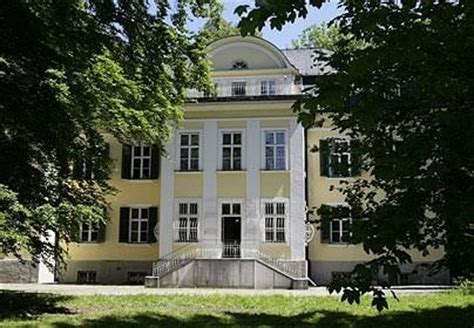 von trapp house sound of music sound of music s von trapp family home to open as a hotel telegraph