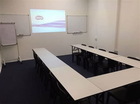 looking room for rent in singapore budget meeting room rental singapore international plaza