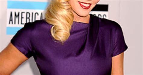 does jenny mccarthy wear wigs does melissa mccarthy wear a wig does jenny mccarthy wear