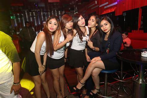 places  meet sexy batam girls dream holiday asia