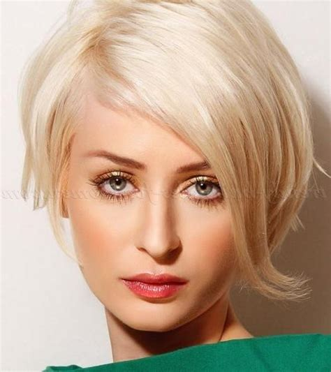 pixie haircuts with long bangs with veiw of front sides and back 20 inspirations of very short haircuts with long bangs