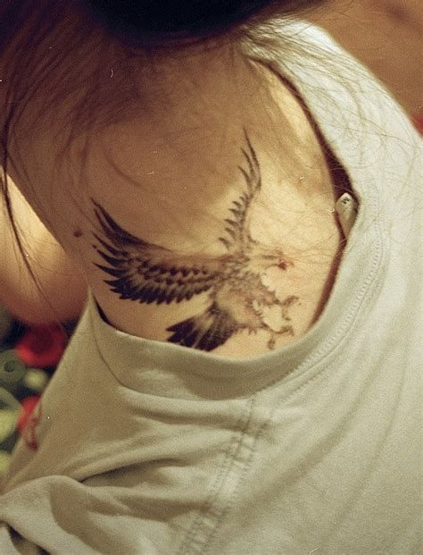 eagle tattoo in neck dramatic eagle tattoos best tattoo 2014 designs and