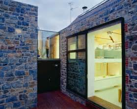 House Wall Design Contemporary House With Exterior Walls La