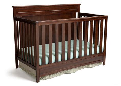 Princeton 4 In 1 Crib by Princeton Prescott 4 In 1 Crib Delta Children S Products