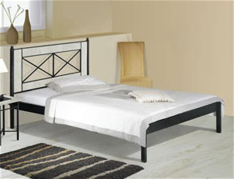 Schlafzimmer Klassisch 2247 by Komplett Schlafzimmer Mit Metall Komfortbett Pintana