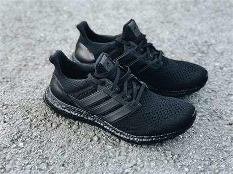 adidas ultra boost triple black adidas com triple black ultra boost bb4677 idanks