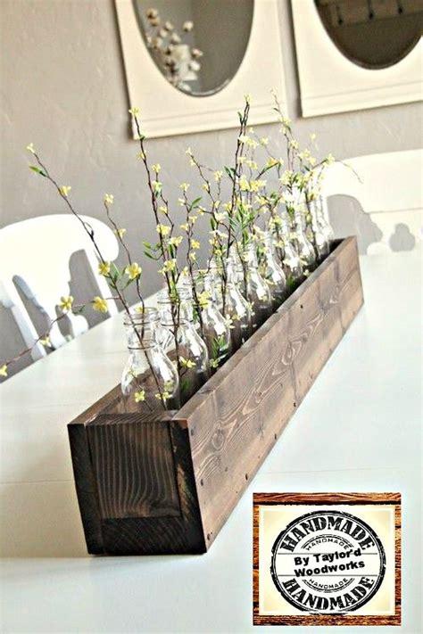 floreros rusticos de madera florero o porta velas de madera con botellas vidrio