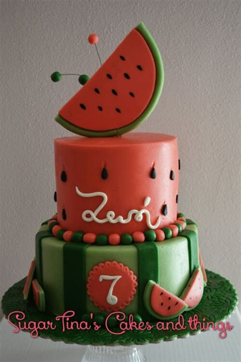 Watermelon Cake Decorating Ideas by 17 Best Ideas About Watermelon Cakes On