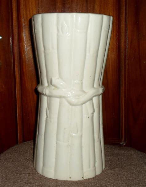 Vas Bunga Keramik Putih jual vas bunga keramik putih 2 baru furniture minimalis