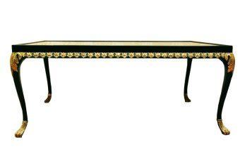 meja makan dibawah tangga meja