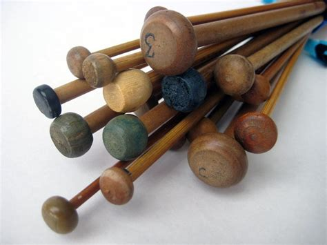 antique knitting sale reduced 24 vintage knitting needles destash wood
