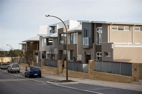 housing investment likely to wane rba business news