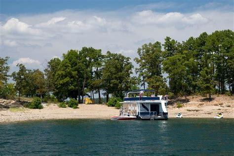 fishing boat rentals lake of the ozarks small houseboat rentals lake of the ozarks