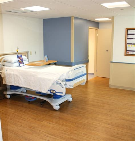 beth israel emergency room beth israel deaconess hospital plymouth adds 10 new inpatient rooms