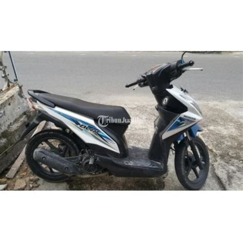 Sparepart Honda Beat Injection motor matic honda beat cw fuel injection tahun 2016 putih
