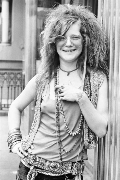 Rare and Candid Photographs of Janis Joplin at the Chelsea