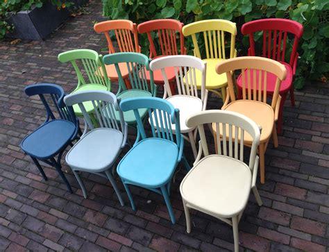 chalk paint kleuren 12 cafe stoelen 12 kleuren alles chalk paint
