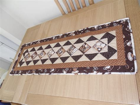 187 coffee table runnerhand made quilting