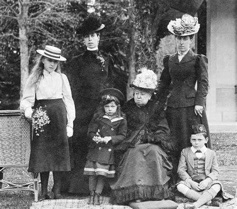 grandchildren of victoria and albert wikipedia the free oltre 1000 idee su regina vittoria su pinterest principe