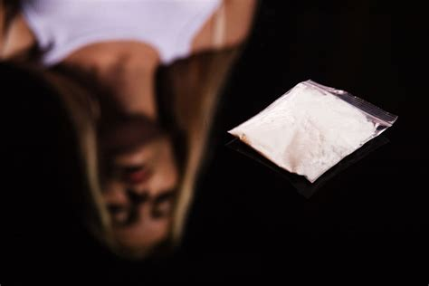 How To Home Detox From Cocaine by Why Are More Likely To Get Hooked On Cocaine